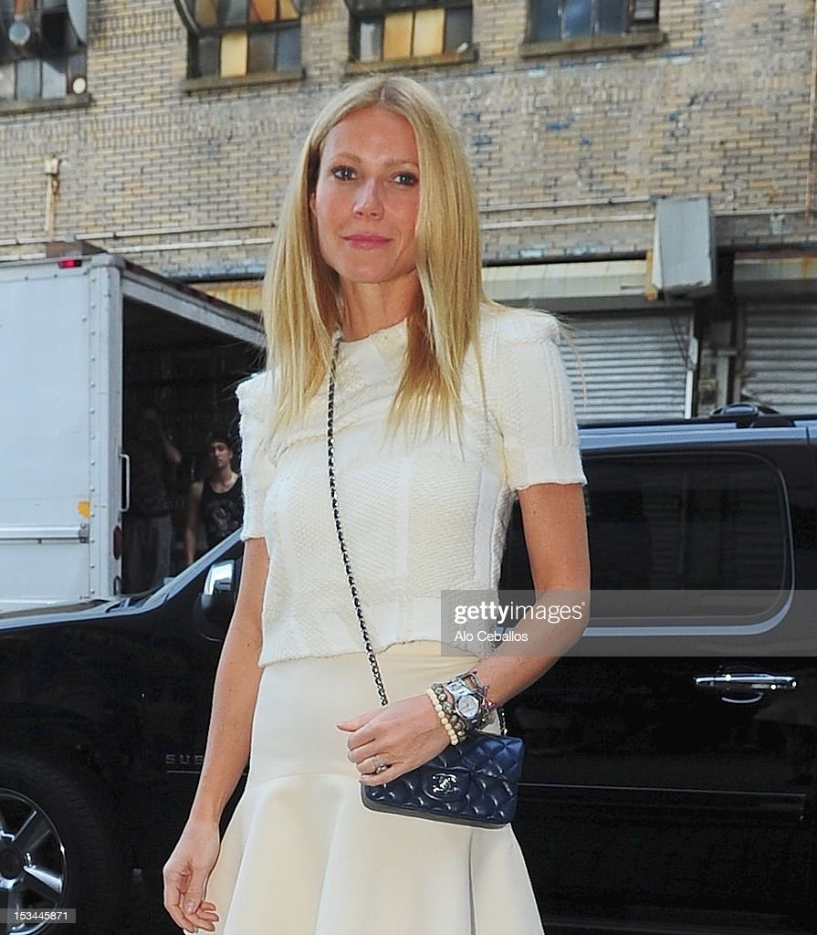 <a gi-track='captionPersonalityLinkClicked' href=/galleries/search?phrase=Gwyneth+Paltrow&family=editorial&specificpeople=171431 ng-click='$event.stopPropagation()'>Gwyneth Paltrow</a> is seen in the Meat Packing District on the Streets of Manhattan on October 5, 2012 in New York City.