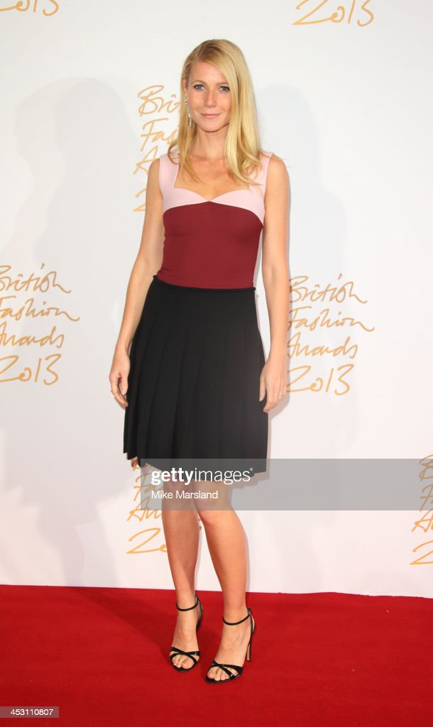 <a gi-track='captionPersonalityLinkClicked' href=/galleries/search?phrase=Gwyneth+Paltrow&family=editorial&specificpeople=171431 ng-click='$event.stopPropagation()'>Gwyneth Paltrow</a> poses in the winners room at the British Fashion Awards 2013 at London Coliseum on December 2, 2013 in London, England.