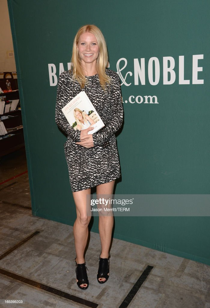 <a gi-track='captionPersonalityLinkClicked' href=/galleries/search?phrase=Gwyneth+Paltrow&family=editorial&specificpeople=171431 ng-click='$event.stopPropagation()'>Gwyneth Paltrow</a> signs her new book 'It's All Good: Delicious, Easy Recipes That Will Make You Look Good and Feel Great' at Barnes & Noble bookstore at The Grove on April 3, 2013 in Los Angeles, California.