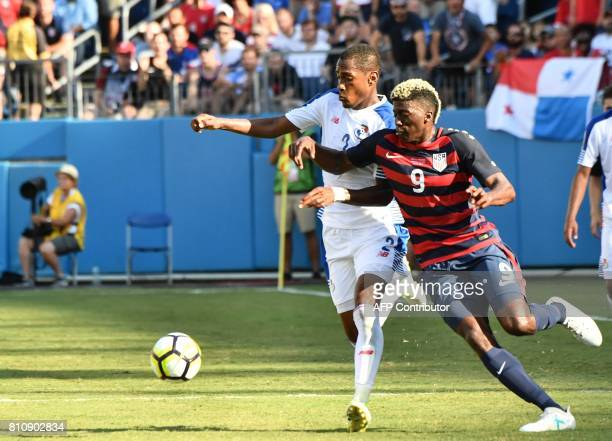 Gyasi Zardes of the US vies with Panama's Michael Amir Murillo during a Concacaf Gold Cup Group B match in Nashville Tennessee on July 8 2017 / AFP...