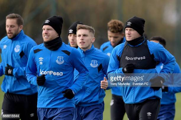 Gylfi Sigurdsson Davy Klaassen Jonjoe Kenny CR and Wayne Rooney during the Everton FC training session at USM Finch Farm on December 9 2017 in...
