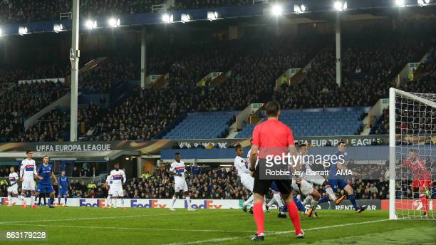Gylfi Sigurdsson of Everton hits the post from a free kick during the UEFA Europa League group E match between Everton FC and Olympique Lyon at...