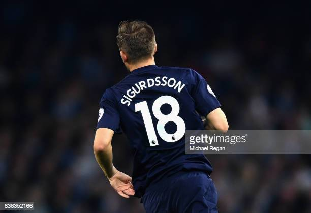 Gylfi Sigurdsson of Everton in action during the Premier League match between Manchester City and Everton at Etihad Stadium on August 21 2017 in...