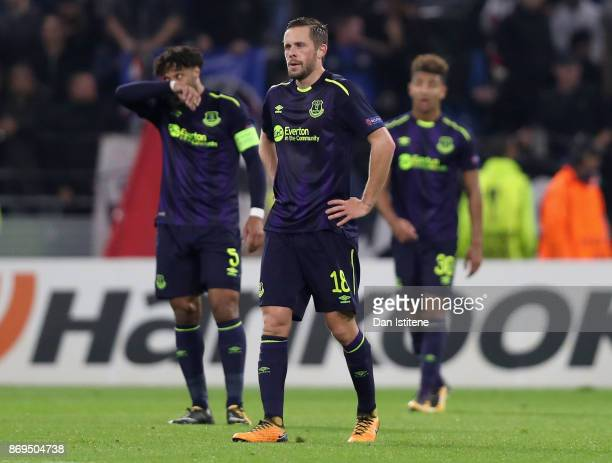 Gylfi Sigurdsson of Everton looks dejected after the UEFA Europa League group E match between Olympique Lyon and Everton FC at Stade de Lyon on...