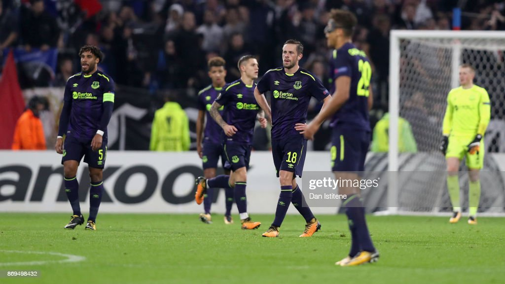 Gylfi Sigurdsson of Everton looks dejected during the UEFA Europa League group E match between Olympique Lyon and Everton FC at Stade de Lyon on November 2, 2017 in Lyon, France.