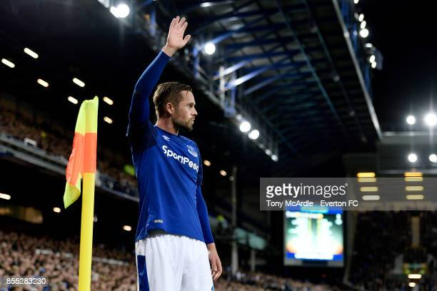 Gylfi Sigurdsson of Everton prepares to take a corner during the UEFA Europa League match between Everton and Apollon Limassol at Goodison Park on...
