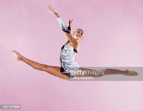 floor gymnastics splits. keywords floor gymnastics splits