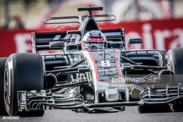 Haas driver Romain Grosjean of France drives through turn 9 during qualifying for the Formula 1 United States Grand Prix on October 21 at the Circuit...