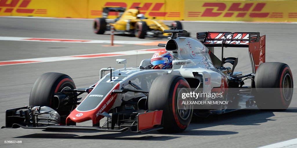 Haas F1 Team's French driver Romain Grosjean steers his car during the Formula One Russian Grand Prix at the Sochi Autodrom circuit on May 1, 2016. / AFP / ALEXANDER
