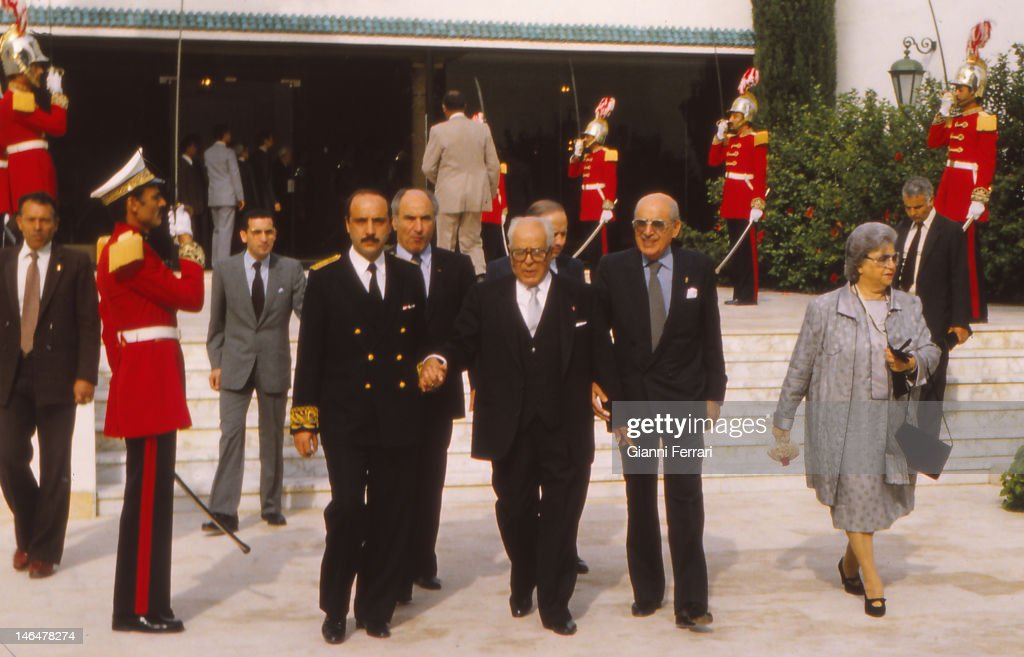 <a gi-track='captionPersonalityLinkClicked' href=/galleries/search?phrase=Habib+Bourguiba&family=editorial&specificpeople=213571 ng-click='$event.stopPropagation()'>Habib Bourguiba</a>, President of Tunisia since 1956 to 1987, awaiting the arrival of the King of Spain Juan Carlos and Sofia at the airport, 1983, Tunis, Tunisia. (Photo by Gianni Ferrari/Cover/Getty Images).