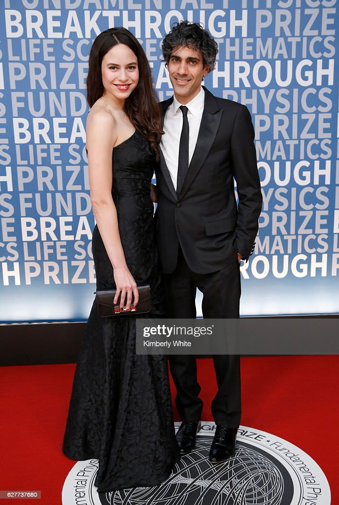 2017 Breakthrough Prize - Red Carpet