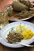 haggis neeps tatties and scotch whisky, scotland traditional food