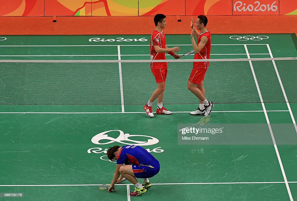Haifeng Fu and Nan Zhang of China celebrate winning a quarterfinal match against Gi Jung Kim and Sa Rang Kim of Korea on Day 10 of the 2016 Rio...