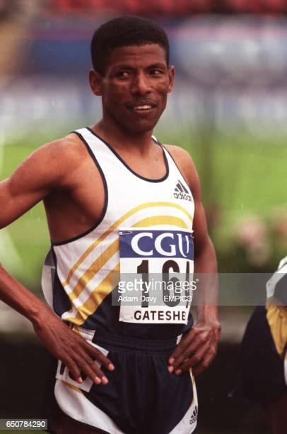 Haile Gebrselassie prepares himself for a crack at the world mile record in the Emsley Carr mile