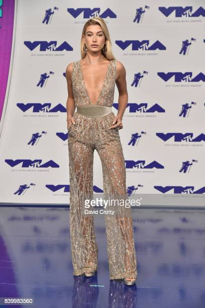 Hailey Baldwin attends the 2017 MTV Video Music Awards at The Forum on August 27 2017 in Inglewood California