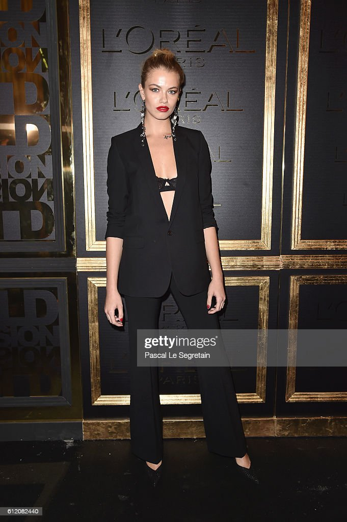 Hailey Clauson attends the Gold Obsession Party - L'Oreal Paris : Photocall as part of the Paris Fashion Week Womenswear Spring/Summer 2017 on October 2, 2016 in Paris, France.
