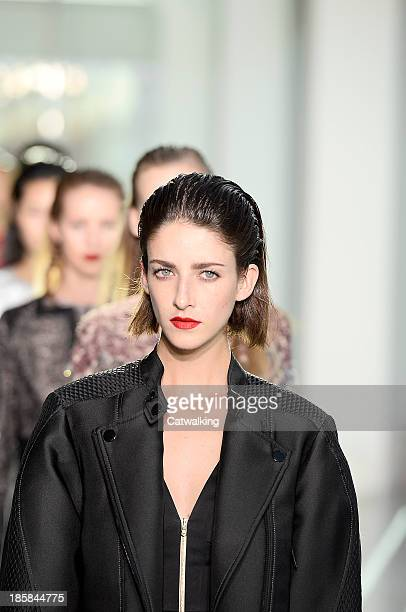 A hair and beauty detail on the runway at the Antonio Berardi Spring Summer 2014 fashion show during London Fashion Week on September 16 2013 in...