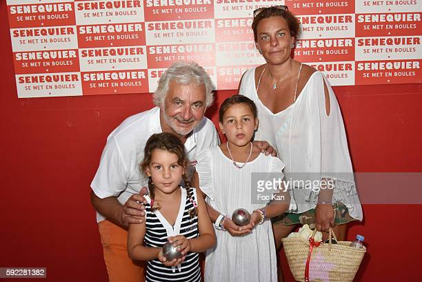 Hair dresser Franck Provost his daughter Olivia Provost and his grand children attend theTrophee Senequier At Place des Lices on August 19 2016 in...