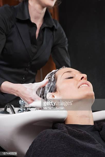 Haare waschen