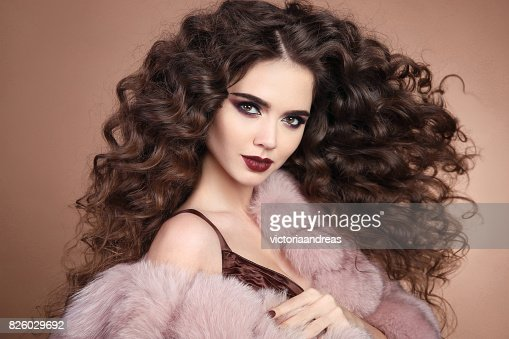 Hairstyle Curly Hair Fashion Brunette Girl With Long Curly Hair