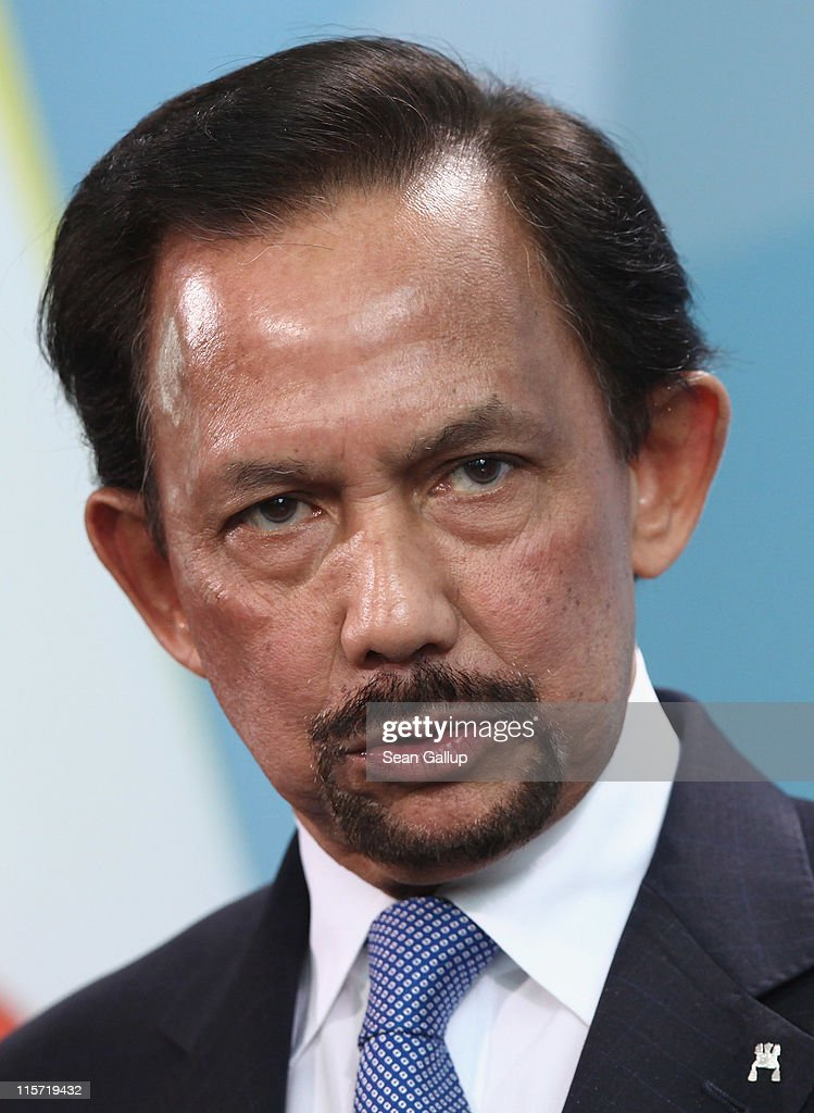 Haji <a gi-track='captionPersonalityLinkClicked' href=/galleries/search?phrase=Hassanal+Bolkiah&family=editorial&specificpeople=138553 ng-click='$event.stopPropagation()'>Hassanal Bolkiah</a>, the Sultan of Brunei, gives a statement to the media following talks with German Chancellor Angela Merkel at the Cahncellery on June 9, 2011 in Berlin, Germany. The Sultan is on a two-day official trip to Germany.
