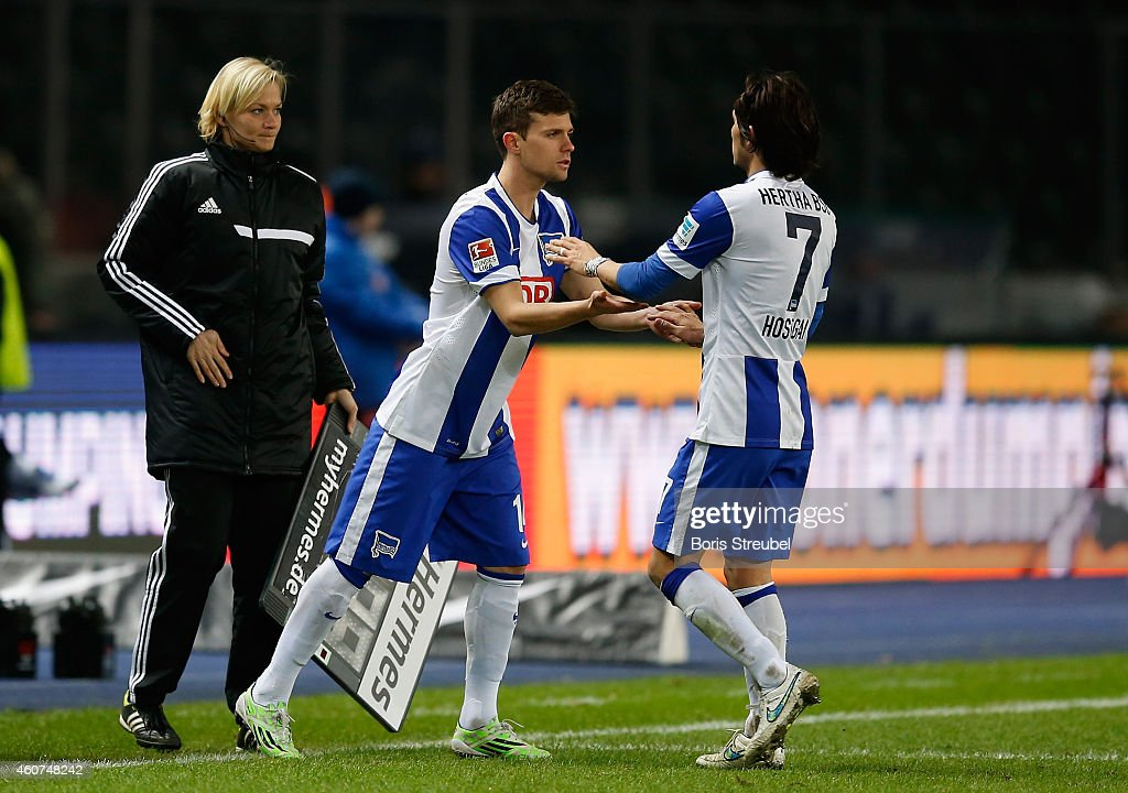 Hajime Hosogai of Berlin is substituted by Valentin Stocker during the Bundesliga match between Hertha BSC and 1899 Hoffenheim at Olympiastadion on...
