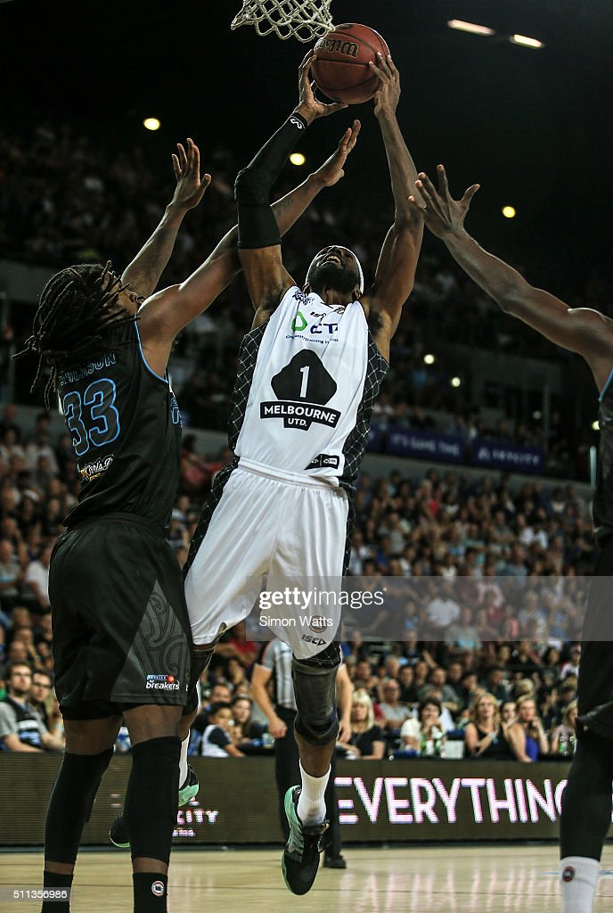 Hakim Warrick of Melbourne drives to the basket during the NBL Semi Final match between the New Zealand Breakers and Melbourne United at Vector Arena...