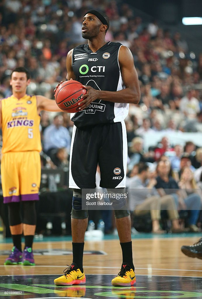 Hakim Warrick of Melbourne United shoots the ball during the round 11 NBL match between Melbourne United and Sydney Kings at Hisense Arena on...