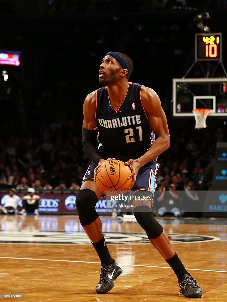 Hakim Warrick #21 of the Charlotte Bobcats in action against the Brooklyn Nets at Barclays Center on December 28, 2012 in the Brooklyn borough of New York City.The Nets defeated the Bobcats 97-81.