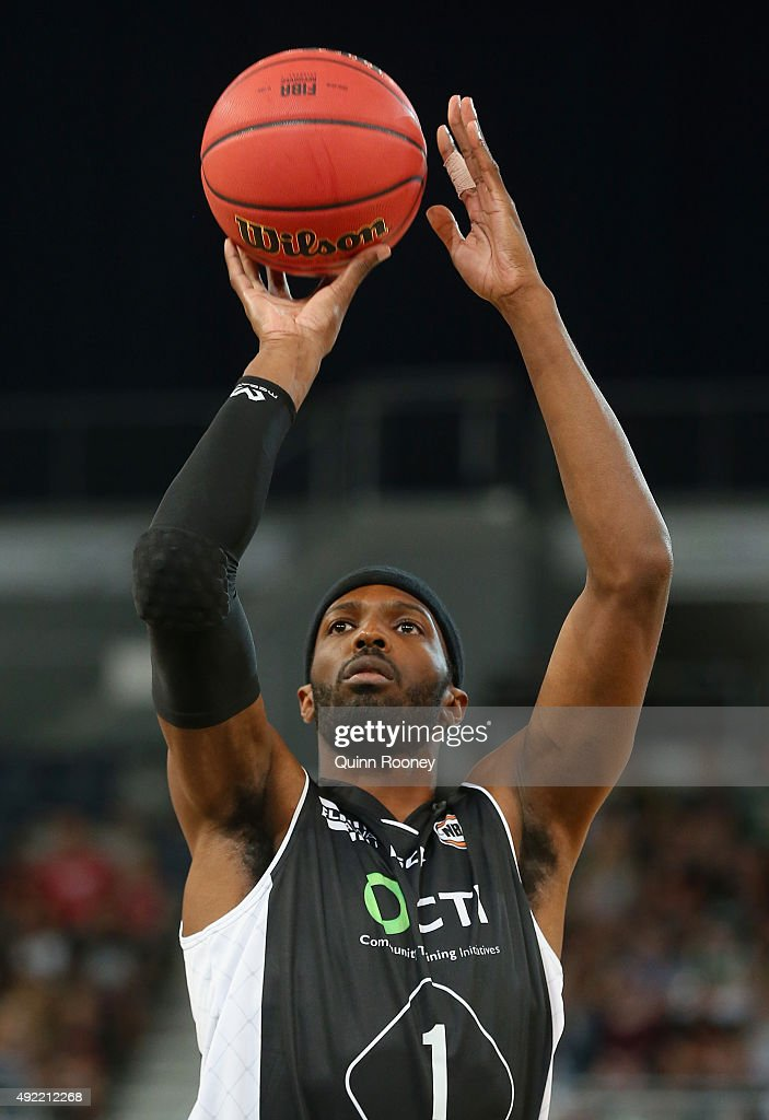 Hakim Warrick of United shoots during the round one NBL match between Melbourne United and the Illawarra Hawks at Hisense Arena on October 11 2015 in...