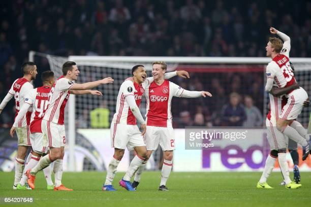 Hakim Ziyech of Ajax Justin Kluivert of Ajax Nick Viergever of Ajax Kenny Tete of Ajax Frenkie de Jong of Ajax Matthijs de Ligt of Ajaxduring the...