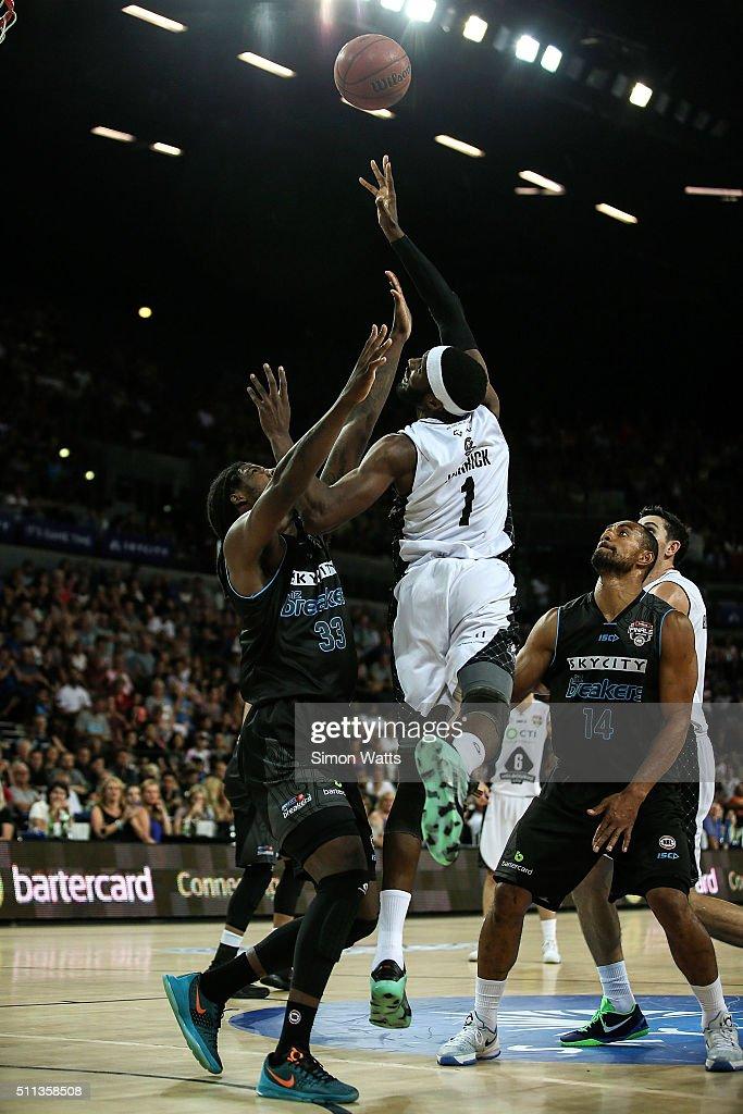 NBL Semi Final - New Zealand v Melbourne