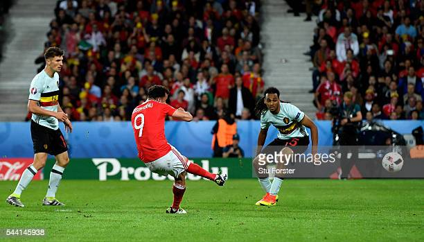 Hal RobsonKanu of Wales scores his team's second goal during the UEFA EURO 2016 quarter final match between Wales and Belgium at Stade PierreMauroy...