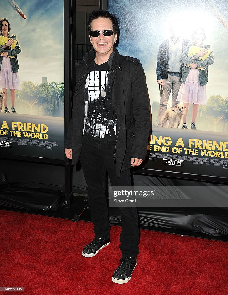 <a gi-track='captionPersonalityLinkClicked' href=/galleries/search?phrase=Hal+Sparks&family=editorial&specificpeople=213158 ng-click='$event.stopPropagation()'>Hal Sparks</a> arrives at the 2012 Los Angeles Film Festival - 'Seeking A Friend For The End Of The World' at Regal Cinemas L.A. Live on June 18, 2012 in Los Angeles, California.
