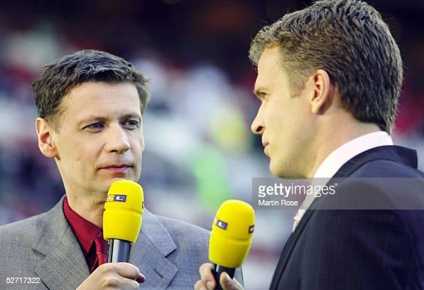 LEAGUE 01/02 Halbfinale Manchester MANCHESTER UNITED BAYER 04 LEVERKUSEN 22 Guenther JAUCH Oliver BIERHOFF