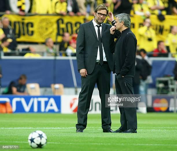 HalbfinalHinspiel Saison 2012/2013 Trainer Juergen Jürgen Klopp Trainer Jose Mourinho Aktion BvB Borussia Dortmund Real Madrid Sport Fußball Fussball...