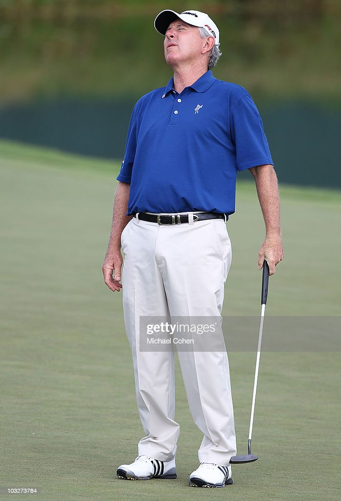 <a gi-track='captionPersonalityLinkClicked' href=/galleries/search?phrase=Hale+Irwin&family=editorial&specificpeople=239520 ng-click='$event.stopPropagation()'>Hale Irwin</a> reacts to a missed putt during the first round of the 3M Championship at TPC Twin Cities held on August 6, 2010 in Blaine, Minnesota.