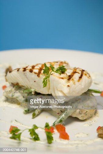Halibut with string beans, potatatoes in dill cream sauce : Photo