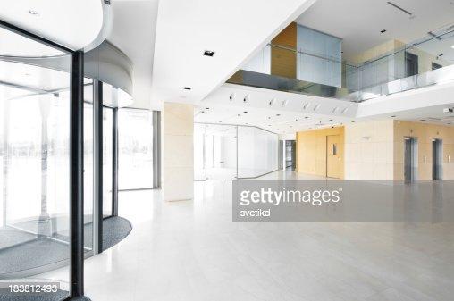 Halle im Büro-Gebäude.