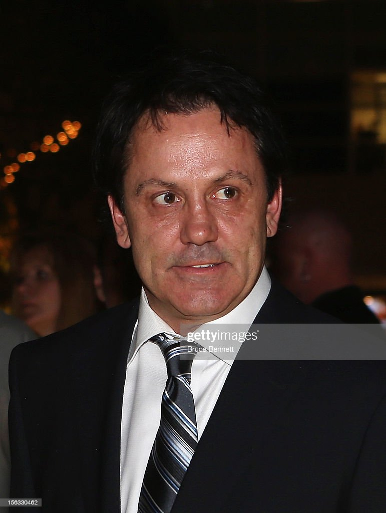 Hall of Fame member Doug Gilmour arrives for the Hockey Hall of Fame induction ceremony at Brookfield Place on November 12, 2012 in Toronto, Canada.