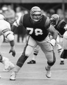 Hall of Fame offensive tackle Anthony Munoz of the Cincinnati Bengals in a 50 to 24 win over the Dallas Cowboys on