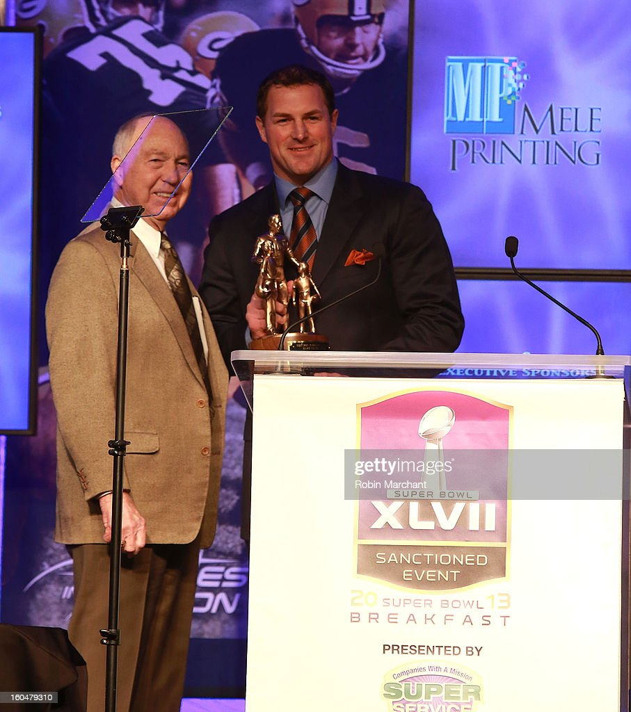 Hall of Fame Quarterback Bart Starr (L) and Jason Witten attend the 2013 Super Bowl Breakfast at the Hyatt Regency New Orleans on February 1, 2013 in New Orleans, Louisiana.