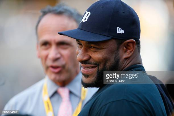 Hall of Famer Jerome Bettis looks on from the sidelines before the game between the Pittsburgh Steelers and the Cincinnati Bengals at Heinz Field on...