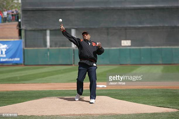 Hall of Famer Willie Mays playfully tosses a 'first pitch' ball into the stands before the game between USA and South Africa on March 10 2006 at...