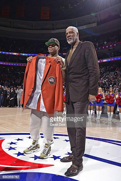 Hall of Famers Allen Iverson and Julius Erving pose for a photo before the Los Angeles Lakers game against the Philadelphia 76ers at the Wells Fargo...