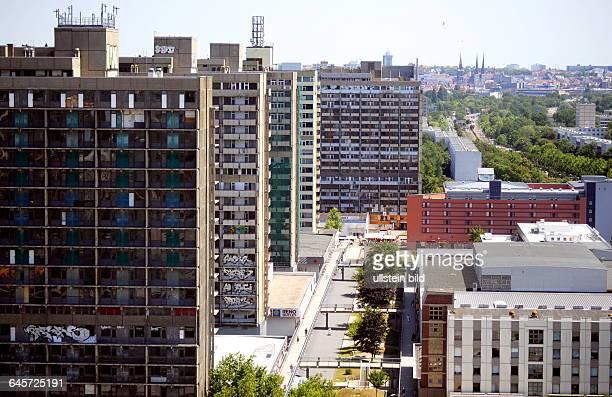 Halle 040714 Vor 50 Jahren wurde der Grundstein für das Wohnvietel HalleNeustadt gelegt Bis 1989 lebten hier 90 000 Menschen vor allem aus der...
