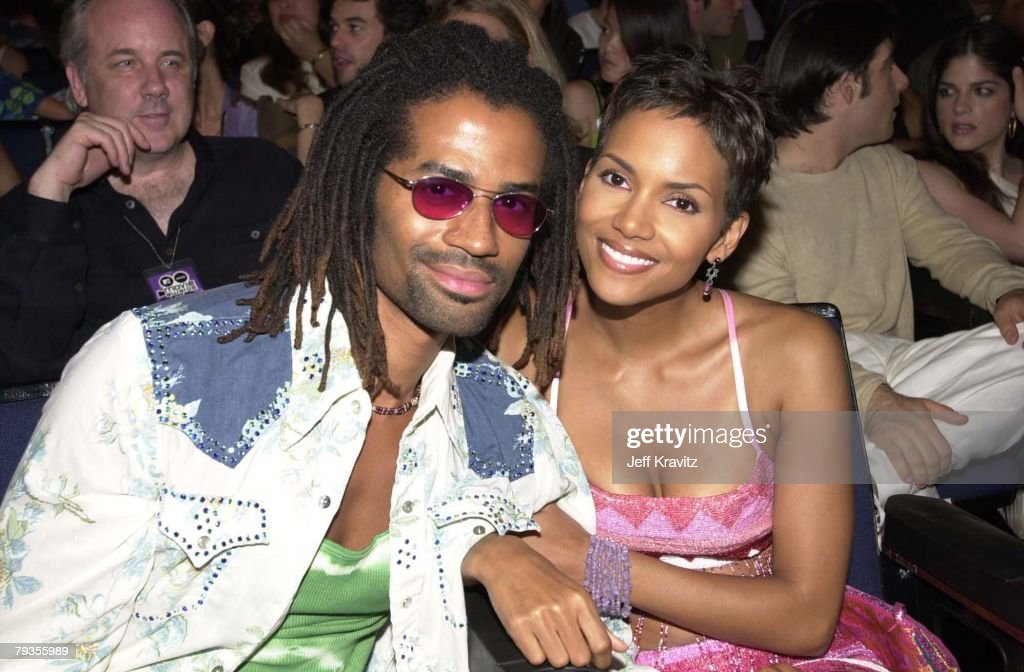 <a gi-track='captionPersonalityLinkClicked' href=/galleries/search?phrase=Halle+Berry&family=editorial&specificpeople=201726 ng-click='$event.stopPropagation()'>Halle Berry</a> and Eric Benet