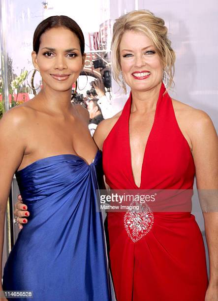 Halle Berry and Mary Hart during 57th Annual Primetime Emmy Awards Entertainment Tonight Red Carpet at The Shrine in Los Angeles California United...