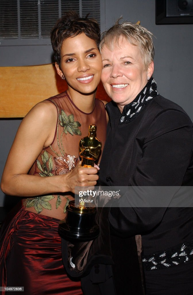 <a gi-track='captionPersonalityLinkClicked' href=/galleries/search?phrase=Halle+Berry&family=editorial&specificpeople=201726 ng-click='$event.stopPropagation()'>Halle Berry</a> and mom during The 10th Annual Elton John AIDS Foundation InStyle Party - Inside at Moomba Restaurant in Hollywood, California, United States.
