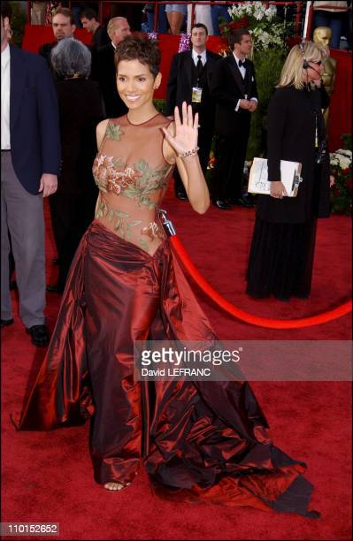 Halle Berry at the Seventy Fourth Annual Academy Awards in Los Angeles United States on March 24 2002 For the first time this year the Oscar show was...